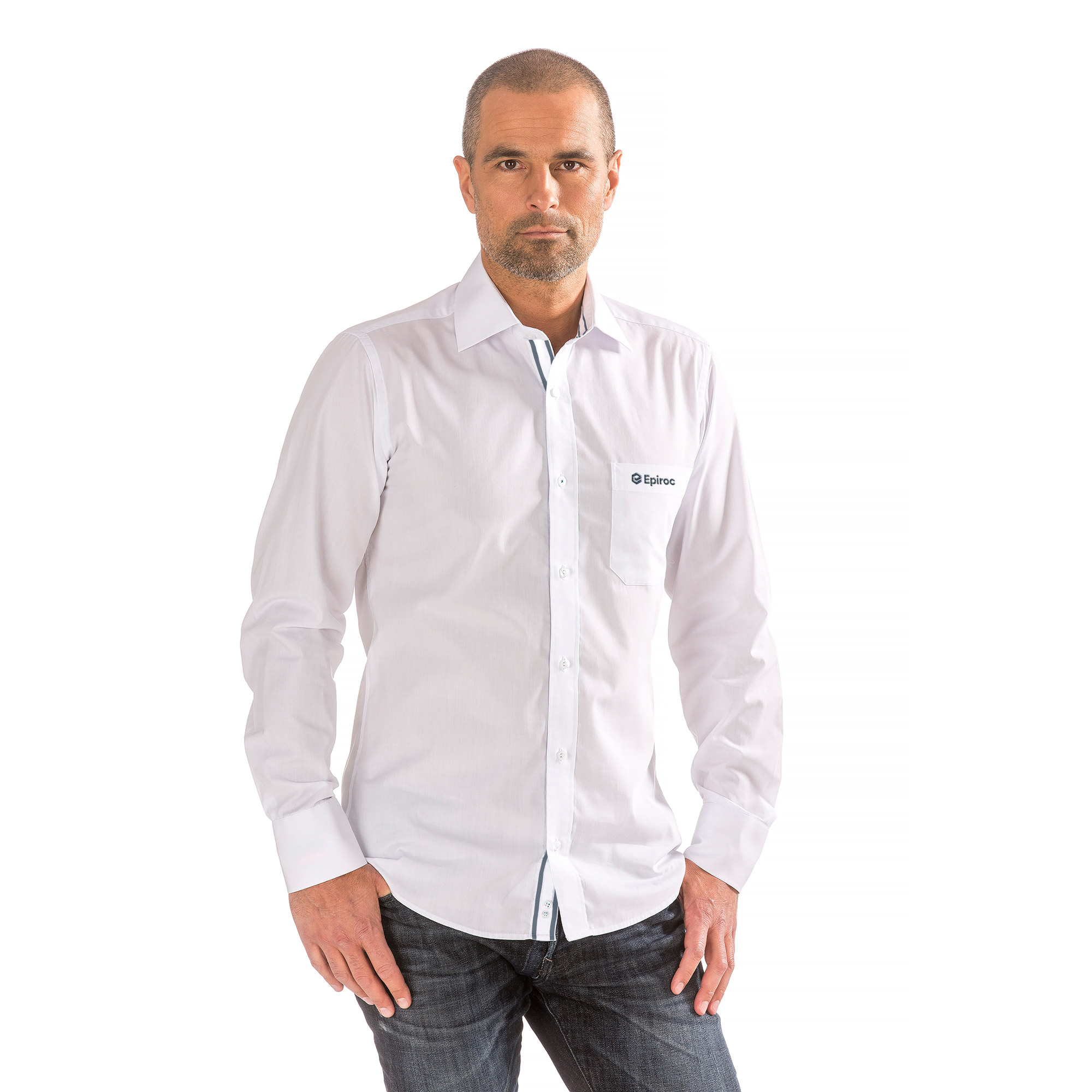 This versatile shirt gives you the possibility of wearing it strictly as business white or as something more casual. Details such as woven ribbons on the inside collar, placket, and cuffs makes this shirt special. The shirt is crafted from cotton and poplin and tailored for a contemporary fit.